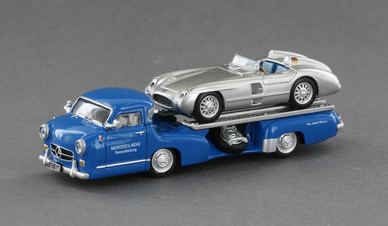 Mercedes Benz Renntransporter + 300 SLR Roadster Maßstab 1/87
